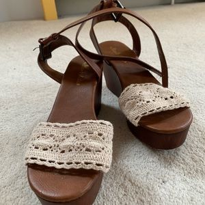 Crochet wedges
